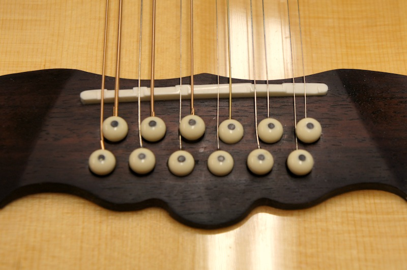12 string compensated saddle