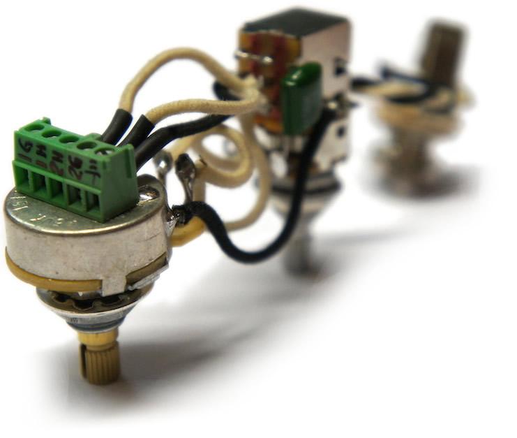 terminal block guitar wiring wiring info u2022 rh datagrind co Wire Terminal Block Connectors Telephone Wire Wrap Terminal Blocks